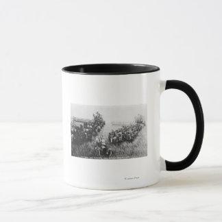 Scène de moissonneuse de cartel mug