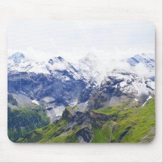 Scène suisse d'alpes tapis de souris