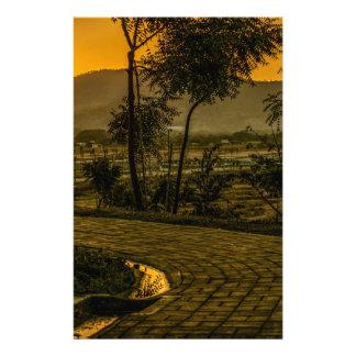 Scène tropicale de coucher du soleil de paysage papeterie