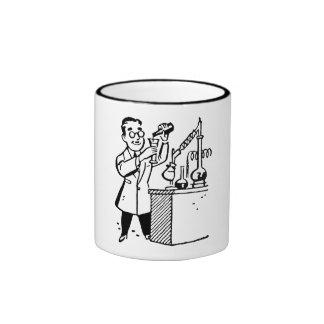 Scientifique en produits chimiques de mélange de m mugs à café