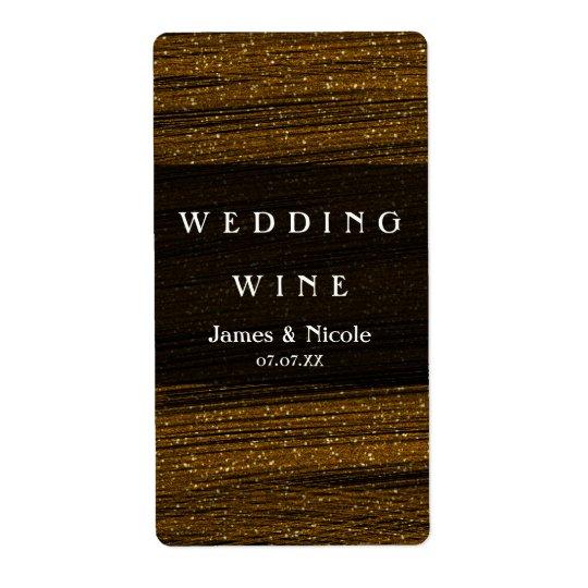 Scintillement d'or et étiquettes élégants de vin