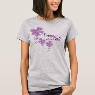 Scrappin avec le T-shirt de filles