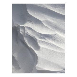 Sculpture en dérive de neige d'hiver cartes postales