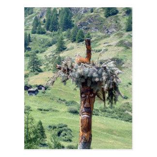 Sculpture en tronc d'arbre  -- Carte postale