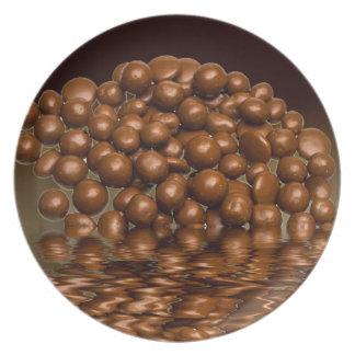 Se délecte des bonbons à chocolat assiettes en mélamine