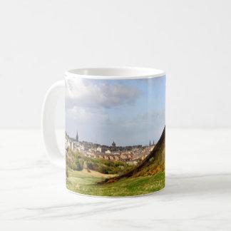 Seat d'Arthur, tasse d'Edimbourg