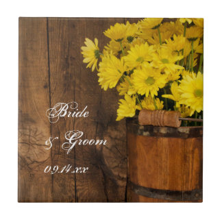 Seau en bois et mariage campagnard jaune de petit carreau carré