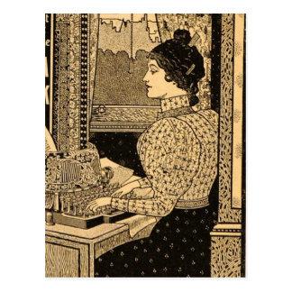 secrétaire de 1890's à la machine à écrire cartes postales