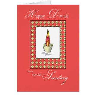 Secrétaire Diwali Candle sur le rouge Carte De Vœux
