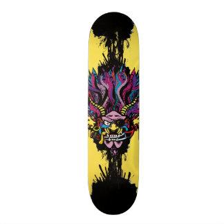 Seigneur de la guerre de démon de pirate skateboards customisés