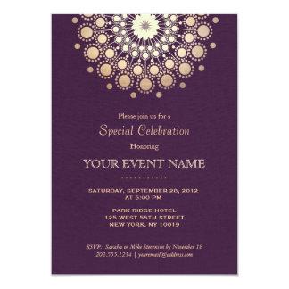 Sembler de toile pourpre d'or de motif élégant de carton d'invitation  12,7 cm x 17,78 cm