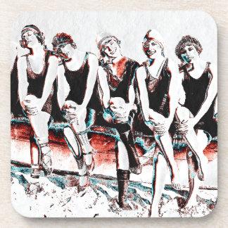 Sept copains se baignants de beauté sous-bock