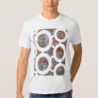 Serpent d'arc-en-ciel rêvant la chemise t-shirt