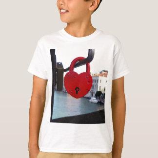 serrure d'amour à Venise T-shirt