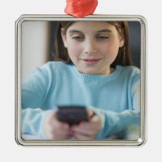 Service de mini-messages de fille dans la salle de ornement carré argenté