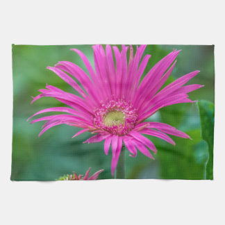 Serviette de cuisine rose lumineuse de fleur