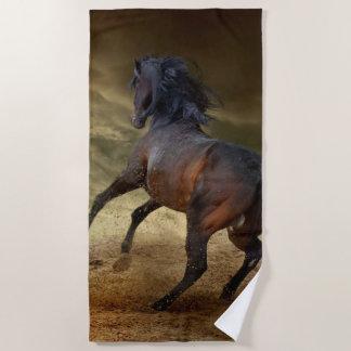 Serviette De Plage Mustang sauvage s'opposant