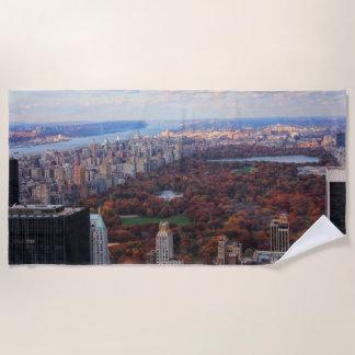 Serviette De Plage Une vue d'en haut : Automne dans le Central Park