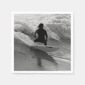 Serviette En Papier Surfer la gamme de gris de vagues