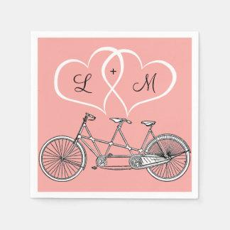 Serviette Jetable Bicyclette pour deux coeurs épousant la serviette