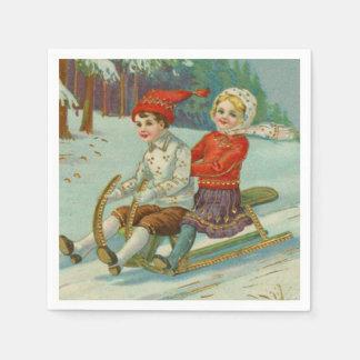 Serviette Jetable Noël vintage Sledding avec des enfants