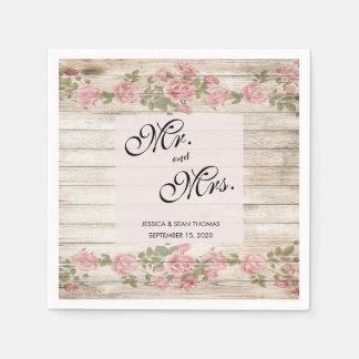 Serviette Jetable Roses rustiques sur le mariage en bois