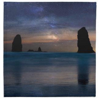Serviettes De Table Les roches d'aiguilles sous le ciel nocturne