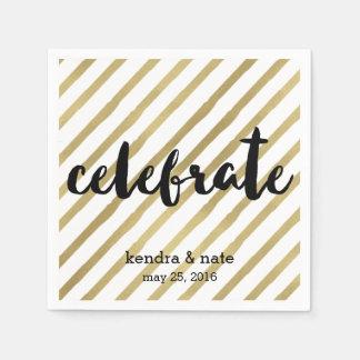 Serviettes En Papier Célébrez l'anniversaire de mariage de rayure d'or