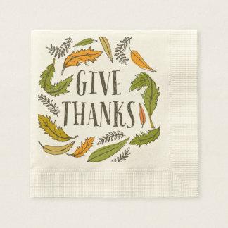 Serviettes En Papier Le feuillage d'automne donnent la serviette de