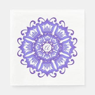 Serviettes En Papier Mandala violet floral. Monogramme