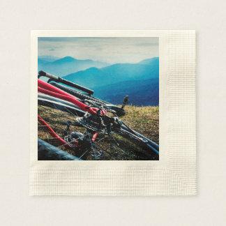 Serviettes En Papier Vue de négligence garée de vélo