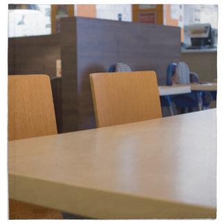 Serviettes En Tissus Image brouillée du café intérieur