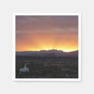 Serviettes Jetables Lever de soleil au-dessus de paysage de St George