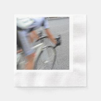 Serviettes Jetables Plan rapproché trouble de cycliste