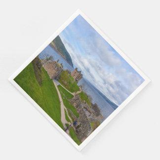 Serviettes Jetables Ruines de château d'Urquhart le long de Loch Ness,