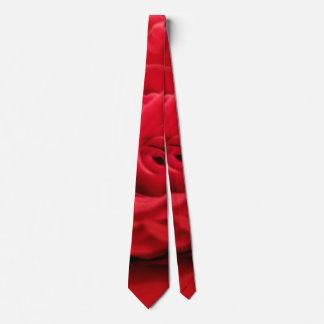 S'est levée la cravate