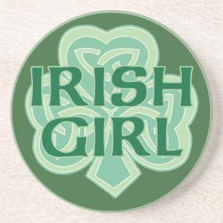 Shamrock celtique de noeud de fille irlandaise dessous de verres