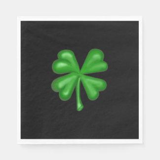Shamrock de trèfle de feuille du vert quatre serviettes jetables