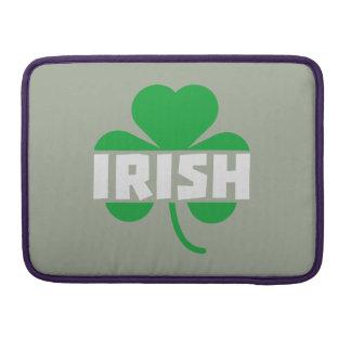 Shamrock irlandais Z2n9r de feuille de trèfle Poches Pour Macbook