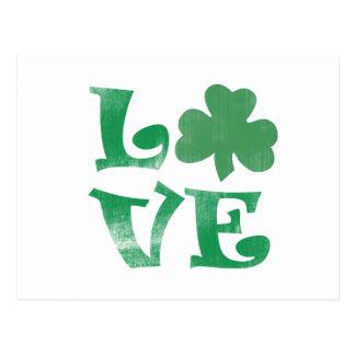Shamrock vert d'amour de trèfle carte postale