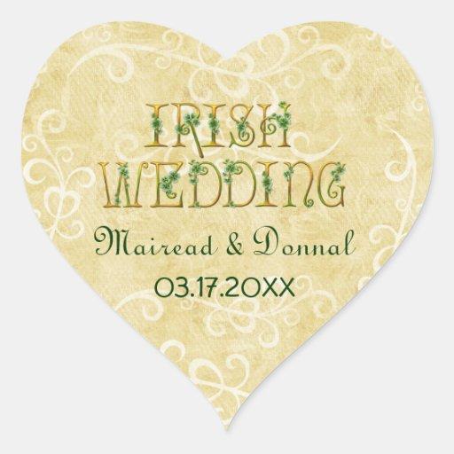 Shamrocks et mariage irlandais d'or autocollant en cœur