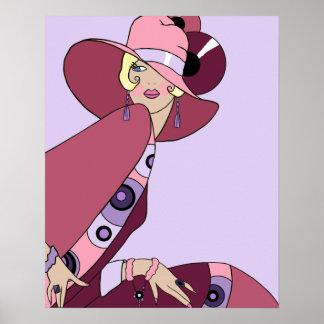 Shelby, Madame des années 1920 en lavande et vin Poster