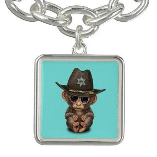 Shérif mignon de singe de bébé bracelet avec breloques