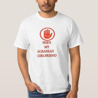 Shes mon Grilfriend albanais T-shirt