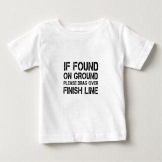 Si trouvé sur la terre traînez svp au-dessus de la t-shirt pour bébé