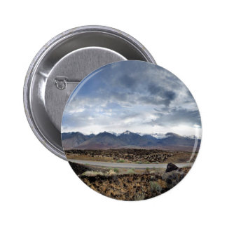 Sierra montagnes de Nevada de vallée d'Owens Pin's
