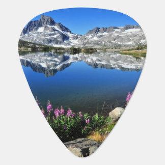 Sierra orientale montagnes onglet de guitare