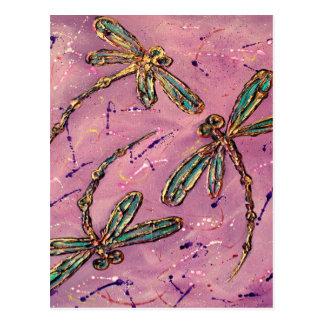 Sifflement de rose de libellules carte postale