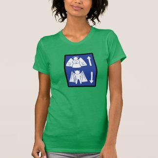 Signal de direction métaphysique t-shirts