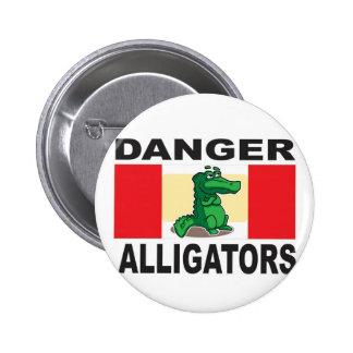 signe d'alligator de danger pin's